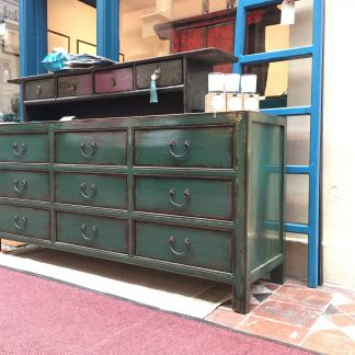 chest of 9 drawers