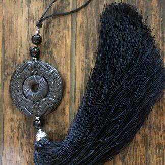 Stone tassel